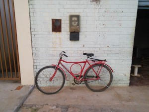 This is a very typical Brazilian bike, with the loop in the frame to add strength