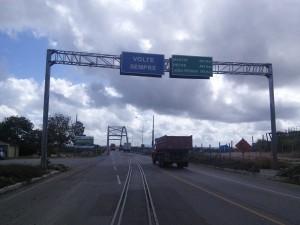 Seeya Sergipe, that bridge crosses the border into Alagoas and...