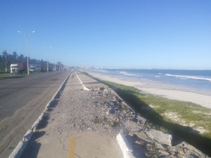 Back in Alagoas, the cycle lane into Maceio didn't start well, but soon improved