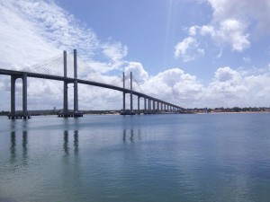 The impressive Newton Navarro Bridge across the Potengi River